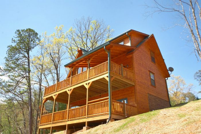 Smoky Mountain Theater Cabin in Pigeon Forge - 4 Your Pleasure
