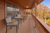 2 Bedroom Cabin with Outdoor Eating Space