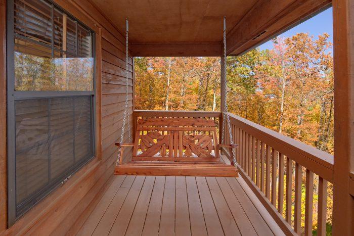 Swing on Deck 2 Bedroom Cabin Sleeps 6 - A Bear Trax