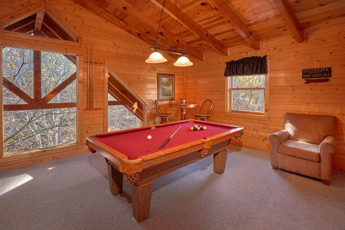 4 Bedroom Cabin with Pool Table and Game Loft - A Bears Lair