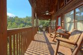 2 Bedroom Cabin with Wooded View and Hot Tub