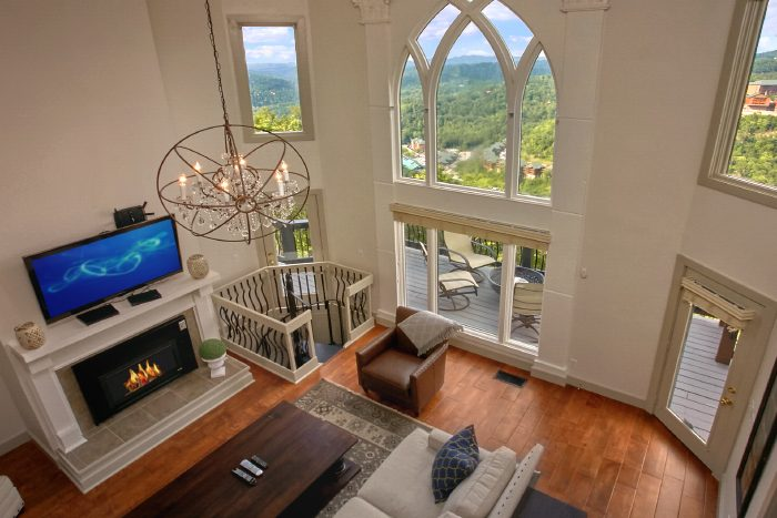 Premium 4 Bedroom in Gatlinburg with Views - A Castle in the Clouds