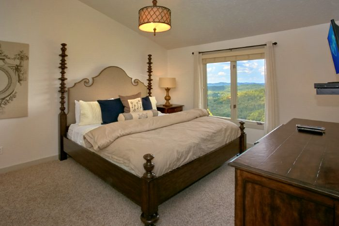 Luxury King Bedroom with Mountain Views - A Castle in the Clouds