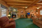 2 Bedroom Cabin Sleeps 8 Open Floor Plan