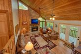 Rustic 4 bedroom cabin with Fireplace