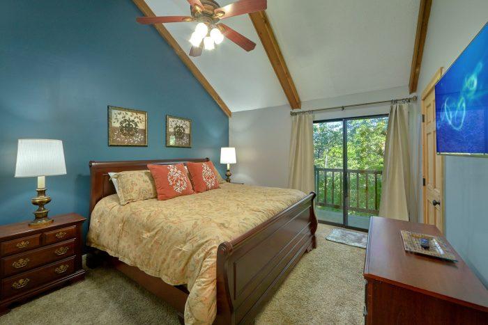 Premuim 4 bedroom cabin with King Master Suite - A Fieldstone Lodge