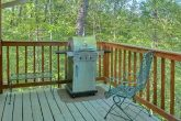 4 bedroom cabin with Gas Grill and wooded view