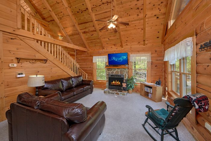 1 Bedroom Cabin With Hot Tub Pool Table Cabins USA Gatlinburg