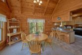 1 Bedroom Cabin with Full Kitchen & Dining Room