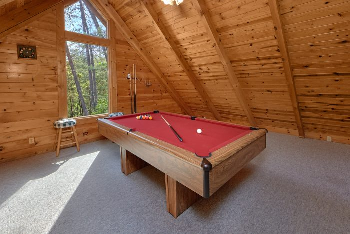 1 Bedroom Cabin with Pool Table and Futon - A Gift From Heaven