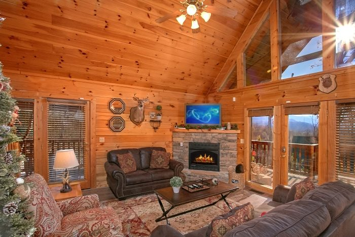 3 Bedroom Cabin with Luxury Furniture - A Grand Getaway
