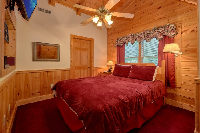 2 Bedroom Cabin with a King Bed - A Happy Haven