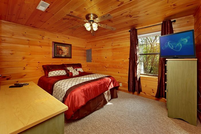Queen Bedroom on Bottom Level of Cabin - A Hilltop Heaven