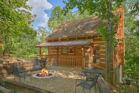 Cherokee Springs: 2 Bedroom Gatlinburg Cabin Rental