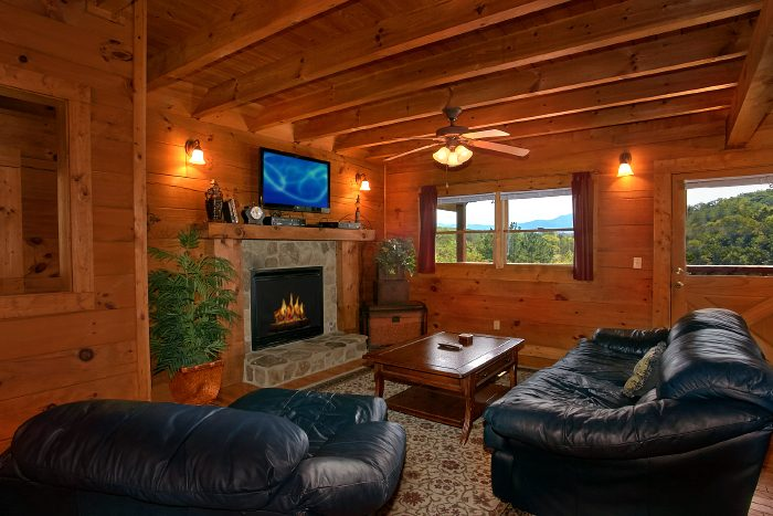 Pigeon Forge 2 bedroom cabin with fireplace - A Little Bit Of Heaven