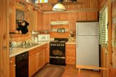 1 bedroom cabin that sleeps 4 with full kitchen