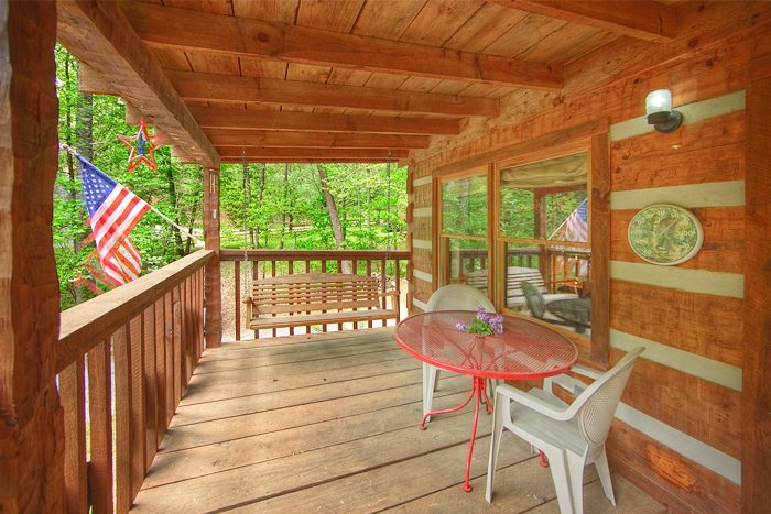 Wears valley cabin with wooded views - A Love Nest