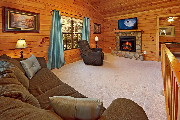 Spacious Living Room in Cabin - A Mountain Escape