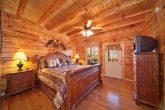 4 Bedroom Cabin with Luxurious King Bedroom