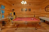 5 Bedroom cabin with Pool Table and arcade game