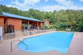 2 Bedroom Cabin with Resort Pool and Clubhouse