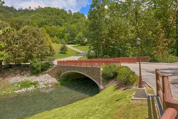 Smoky Mountain Ridge Resort with River Access - A Rocky Top Memory