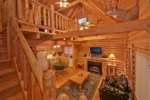 Pigeon Forge Cabin with fireplace & sleeper sofa