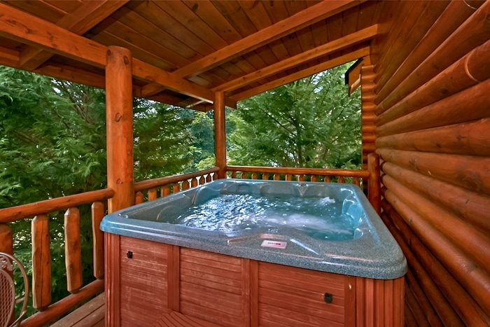 Smoky Mountain Cabin with Private Hot Tub - A Rocky Top Memory