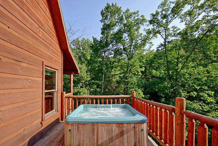 Hot Tub - A Romantic Getaway