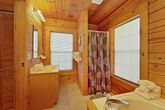Pigeon Forge Cabin with Walk-in Shower