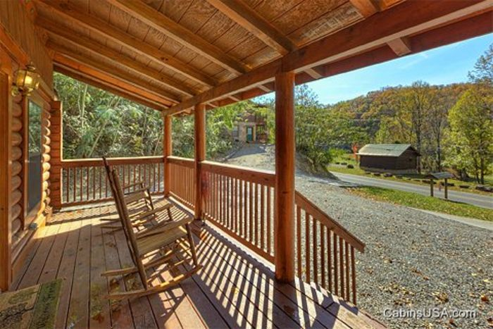 Smoky Mountain 1 Bedroom Cabin - A Smoky Hideaway
