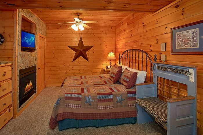 Premium Cabin with 2 King Master Suites - A Smoky Mountain Jewel