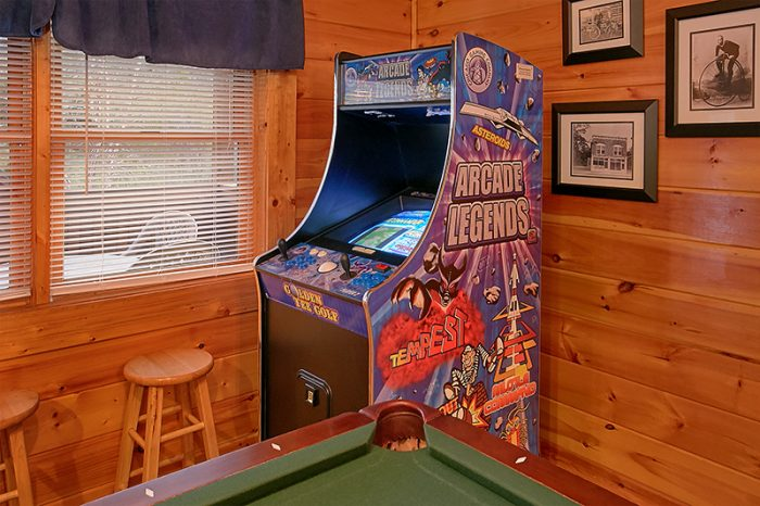 Pigeon Forge Cabin with Luxurious Gameroom - A Smoky Mountain Jewel