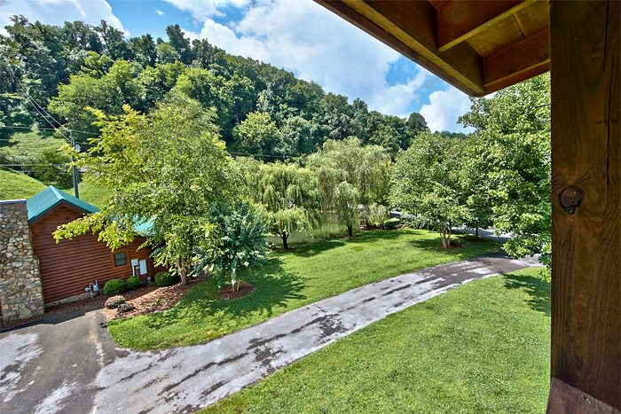 Premium 2 Bedroom Cabin Located in a Resort - A Smoky Mountain Jewel