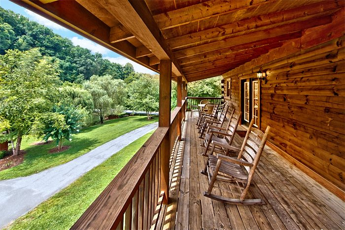 Smoky Mountain Premium Cabin in Pigeon Forge - A Smoky Mountain Jewel