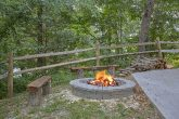 2 Bedroom Cabin Sleeps 9 with Fire Pit
