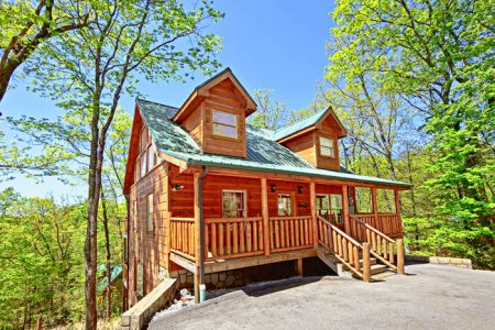 Country Dream: 2 Bedroom Sevierville Cabin Rental