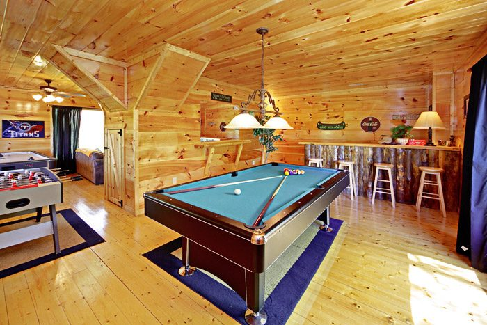 Great Game Room with Pool Table - A Tennessee Treasure