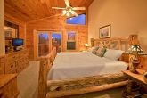 2 Bedroom Cabin with King Master Bedroom