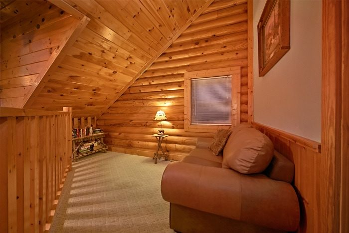 2 Bedroom Cabin with Loft Sitting Area - A Tennessee Twilight