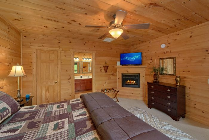 Gatlinburg Cabin with Fireplaces in the bedrooms - A View From Above