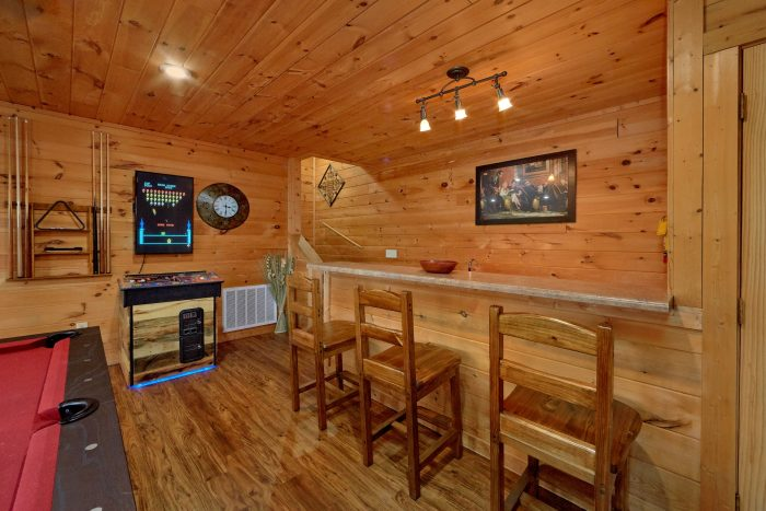 5 Bedroom Gatlinburg Cabin with Private Theater - A View From Above