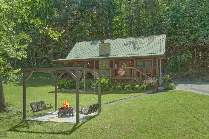 Absolute Heaven Cabin Rental Photo