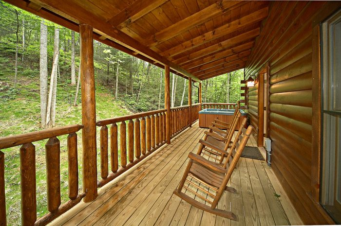Cabin with Back Deck in Gatlinburg - Adler's Ridge