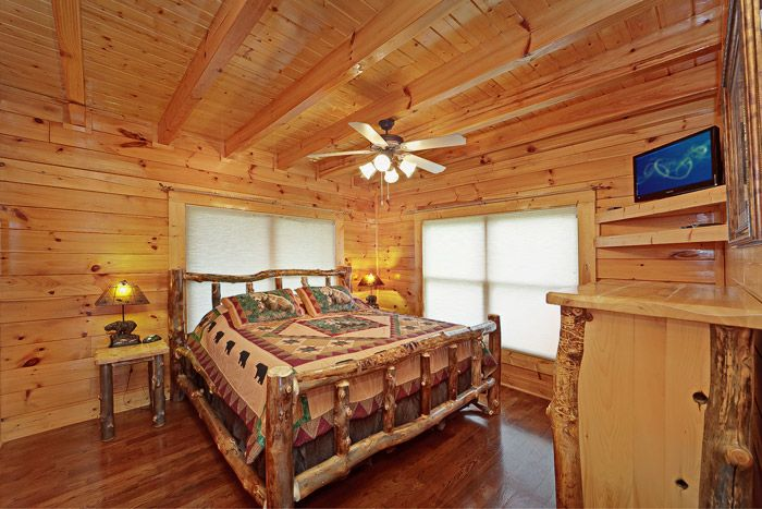 King Sized Bedroom in Cabin - Adventure Lodge