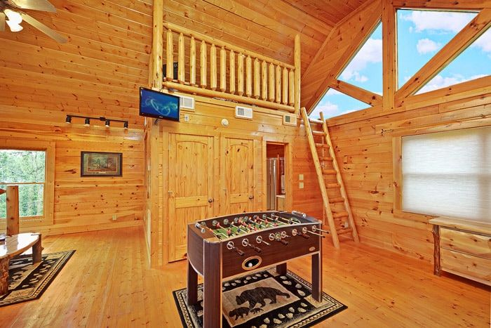 Cabin with Foose Ball Table In King Bedroom - Adventure Lodge