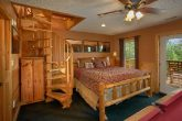 Honeymoon cabin with King Size Bed and View