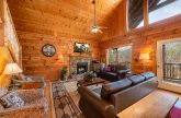 7 Bedroom cabin with Fireplace