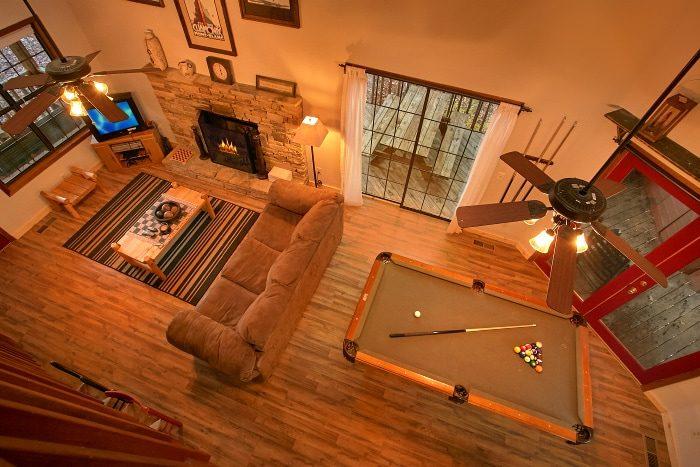 2 Bedroom Cabin with Spacious Floor Plan - Alpine Retreat