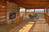 2 Bedroom Premium Cabin with Outdoor Fireplace